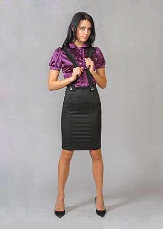 Если вы хотите обратить на себя внимание, непременно наденьте красивую, узкую юбку-карандаш